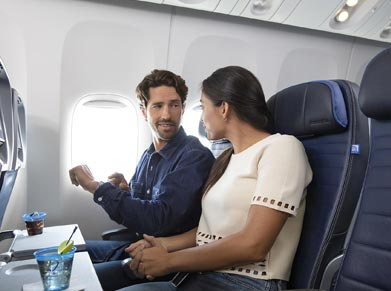 United Airlines Economy Class
